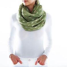 It's time to freshen up your wardrobe with unique metallic pieces that go beyond the usual. Shop bold metallic accessories at lou lou Boutiques today! Metallic Scarves, Trendy Accessories, Edge Design, Pink Color, Blue Jeans, Pineapple, Boutique, Green, Collection