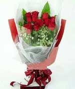 Toko Bunga Bandung Red Roses Hand Bouquet LUV015