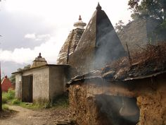 Jageshwar tempel from backside by Simon Finland, via Flickr