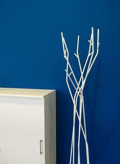 Garderobe und Sideboard by kühnle'waiko #office #furniture #workspace #interior #design