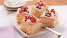 Wewalka Vanilla Cream Vol-au-Vent: These gorgeous puff pastry cups are equally impressive as they are delicious.  http://wewalka.us/recipes/vol-au-vent