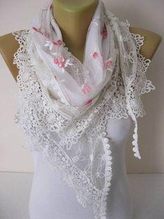 Fashion scarf-Elegant womens Scarf-Cowl with Lace Edge