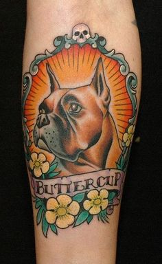 Animal tattoos are very popular, dog tattoos are no exception ! A lot of people like to get tattoos of their dogs or pets. You have to decide the dimensions of your dog tattoo that you would like. Trendy Tattoos, Cool Tattoos, Traditional Tattoo Dog, Body Art Tattoos, Sleeve Tattoos, Boxer Dog Tattoo, Boxer Pup, Small Dog Tattoos, Tatuagem Old Scholl