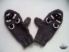 Raccoon madness! crochet, warm gloves :)   When pinning, please add my facebook page adress. :)  Like me and get it here! :) http://facebook.com/orimono.reczna.praca.awaryjna