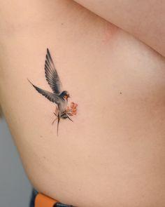 Bryan bang bang tatouagesminimes tatouagesdejambes wrist tattoos with meaning wrist tattoos for women small wrist tattoos unique Bird Tattoos For Women, Small Bird Tattoos, Small Wrist Tattoos, Mini Tattoos, Bird Tattoo Ribs, Simple Bird Tattoo, Small Cardinal Tattoo, 3 Birds Tattoo, Small Sparrow Tattoos