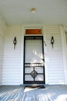 Screen door 2 – farmhouse front door with screen Black Screen Door, Front Door With Screen, Old Screen Doors, Wooden Screen Door, Window Screens, Old Doors, Back Doors, Antique Doors, Farmhouse Front