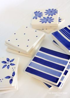 Simple Tile Coasters - Colorful Accents for the Home Decor How To Make Coasters, Diy Coasters, Ceramic Coasters, Tile Projects, Diy Projects To Try, Craft Projects, Diy Clay, Clay Crafts, Pottery Painting