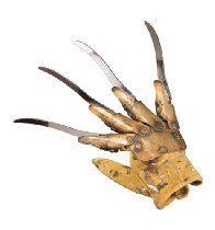 Looking for A Nightmare Elm Street, Supreme Edition Freddy Replica Metal Glove ? Check out our picks for the A Nightmare Elm Street, Supreme Edition Freddy Replica Metal Glove from the popular stores - all in one. Freddy Kruger Costume, Freddy Costume, Costume Halloween, Theme Halloween, Halloween Stuff, Halloween Ideas, Halloween Decorations, Freddy Krueger Claws, Heavy Metal