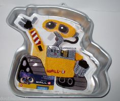 New Disney ♥ Wall E ♥ Wilton Cake Pan