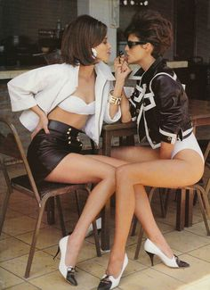 Christy Turlington & Linda Evangelista for Vogue UK, May 1990. Photography by Patrick Demarchelier