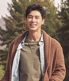 Só dêem uma olhada nesse sorriso, que beautiful! K Pop, Ban Ryu, Jung Yunho, Kim Jung, Korean Men, Korean Idols, Bts And Exo, Jaejoong, Chanbaek