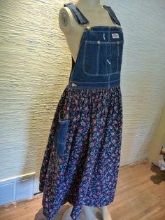 Denim Overalls Dress Boho Shabby Chic Cottage by Josefinea Sewing Clothes, Clothing Items, Clothing Patterns, Redo Clothes, Look Fashion, Diy Fashion, Ideias Fashion, Denim Ideas, Denim Crafts