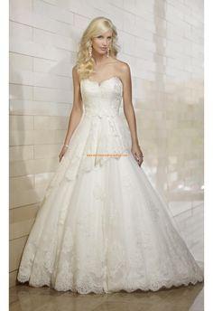 Robe de mariée princesse tulle dentelle bustier en coeur