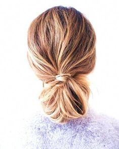 43 Bohemian Hairstyles Ideas For Every Boho Chic Junkie #boho #hairstyles #for #long #hair #bohemian #braids #hippie #longhairstylestips Best Hair Dye, Makeup Remover, Wellness Tips, Make Makeup, Messy Bun, Hair Dye Colors, Dyed Hair, Skin Care Tips, Headbands
