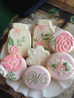 Vintage Mason jar cookies for weddings Mother's Day Cookies, Fancy Cookies, Iced Cookies, Cute Cookies, Royal Icing Cookies, Cookies Et Biscuits, Cupcake Cookies, Sugar Cookies, Pink Cookies