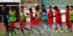 Masa Depan Punggawa Timnas Indonesia U-19 Telah Terjamin - http://www.sundul.com/berita-bola/zona-asia/2013/11/masa-depan-punggawa-timnas-indonesia-u-19-telah-terjamin/
