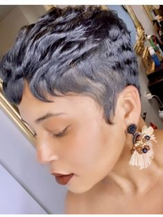 Short Relaxed Hairstyles, Dope Hairstyles, Pixie Hairstyles, Short Hairstyle, Haircuts, Hot Hair Styles, Curly Hair Styles, Whimsical Hair, Short Haircut Styles