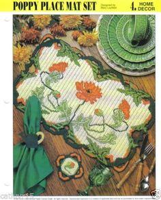 Poppy-Place-Mat-Set-plastic-canvas-pattern-Annies
