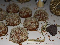 Fursecuri cu cafea si nuca Romanian Food, Biscuits, Muffin, Homemade, Vegan, Cookies, Baking, Breakfast, Christmas