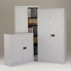 Armarios metálicos de puertas abatibles. Disponibles con varios estantes y colores. http://laoficinaonline.es/36-armarios-puertas-abatibles