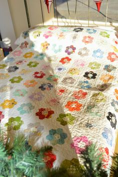 QUILT BARN: Happy New Year and New Hexies  Maybe do this but on a much smaller scale?