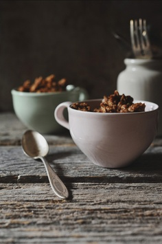 Speculoos Granola is part-cookie, part-healthy, and all tasty.