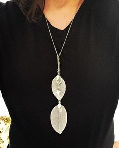 Two Leaves #Necklace