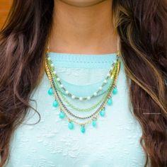 Collar Placa Verde Menta Hilos
