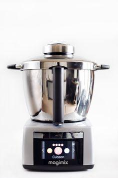 Je vous propose aujourd'hui mon test complet du robot Magimix Cook Expert en images ! Le Magimix Cook Expert est un robot multifonction cuiseur.