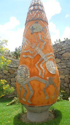 Valle del Mantaro, este es la plaza principal de Cochas, un pueblo que hace hermosos trabajos en mate burilado - Huancayo
