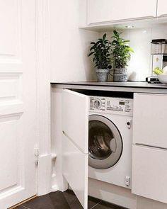 Olhem que ideia legal para camuflar a máquina de lavar. .  Planejamento e organização,  com carinho e cuidado, dão outro aspecto a nossa casa. .  #organizacao #organizacaopessoal #produtividade  #gestaodotempo  #organizer #personalorganizer #pobrasil #livreeorganizada #bloglivreeorganizada #bloglivre_e_organizada #decoracao #instadecor #organizacaodeespacos  #reaproveitamento #reutilizacao