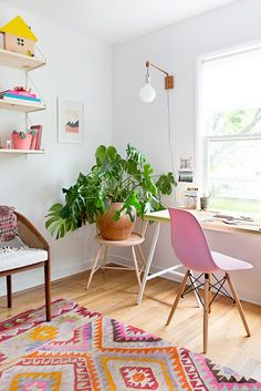 home office design, home office decor, colorful office Home Office Design, Home Office Decor, Diy Home Decor, Room Decor, House Design, Office Ideas, Office Inspo, Office Designs, Nursery Decor