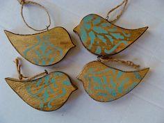 Handmade Rustic Vintage Look Holiday Wood Bird Ornaments Set of 4