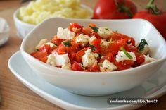 Salata od pecenih paprika sa feta sirom — Coolinarika