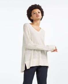 Image 2 of OVERSIZED SWEATER from Zara