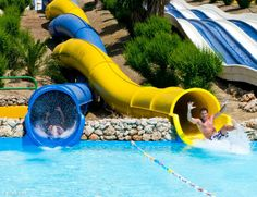 Visit the Aquavelis water park in Torre del Mar! (and head for the Aquatropic water park in Almuñécar for some variety) Nerja Spain, Picture Places, Spain Holidays, Water Slides, Andalucia, Spain Travel, Day Trips, Just Go, Beautiful Pictures