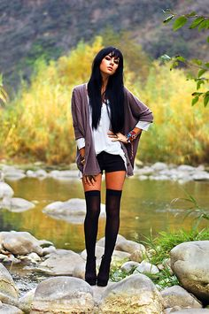 I could do this outfit minus the thigh highs Bohemian Mode, Boho Chic, Look Fashion, Trendy Fashion, Fashion Goth, Fashion Fall, High Socks Outfits, Thigh High Socks Outfit, Fall Outfits