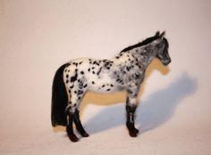 Needle felting horse portrait custom made by MinzooNeedleFelting