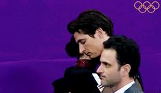Pre-FD breath synchronisation and hug! Virtue And Moir, Tessa Virtue Scott Moir, Tessa And Scott, Ice Dance, Figure Skating, Olympics, Hug, Skate, Dancers