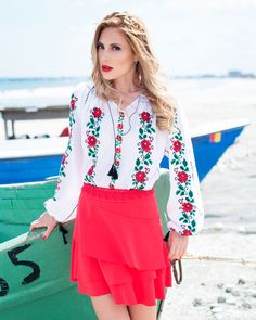 IE TRADITIONALA ROMANEASCA - Motivul Trandafiri Rosii Bell Sleeves, Bell Sleeve Top, Blouse, Beautiful, Tops, Women, Style, Fashion, Embroidery
