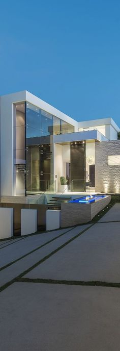Laurel Way by WHIPPLE RUSSELL ARCHITECTS / Beverly Hills, California  #architecture ☮k☮