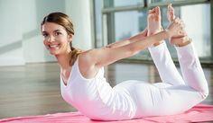 5 postures de yoga pour réduire la graisse du ventre tenace