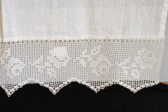 linen + lace table cloth