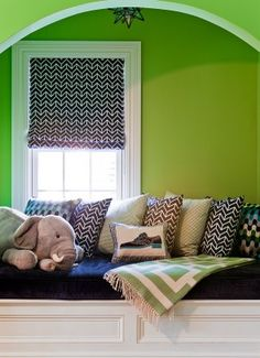 navy and bright green--- inspiration for Baby Hagmann's room :)
