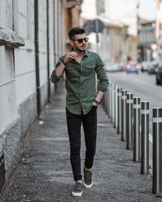 Trendy Mens Fashion, Stylish Mens Outfits, Mens Fashion Suits, Casual Summer Outfits, Men's Fashion, Casual Jeans, Men Casual, Casual Styles, Men Dress Up