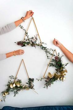 Gardens Discover Sam is home DIY modern brass wreath # wreath . Sam is home DIY modern brass wreath # wreath # brass Easy Crafts To Make Crafts To Sell Diy Crafts Decor Crafts Mason Jar Crafts Mason Jar Diy Creation Deco Deco Floral Floral Wall Mason Jar Crafts, Mason Jar Diy, Crafts To Make And Sell, Diy And Crafts, Modern Crafts, Modern Wall Decor, Sell Diy, Home Crafts Diy Decoration, Christmas Wall Decorations