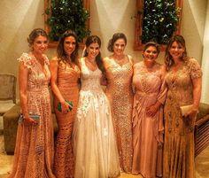 Irmãs e madrinhas de casamento - O time de madrinhas composto pelas irmãs da noiva, Rebeca, Patrícia, Silvia, Cintia e Daniela estava impecável!