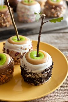 Cooking Classy: Ultimate Caramel Apples - A Favorite Fall Treat