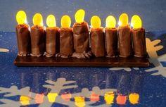 Tootsie Roll Menorah / 24 Fun Holiday Treats To Make With Kids (via BuzzFeed)