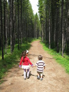 Take a Hike- Outdoor Activities For Kids This Summer | POPSUGAR Moms